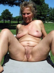 Hot and insatiable mom