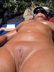 Amateur ex-wife completely naked sweet slit