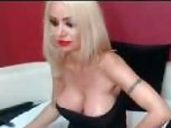 Busty milf blonde show shaved pussy on cam