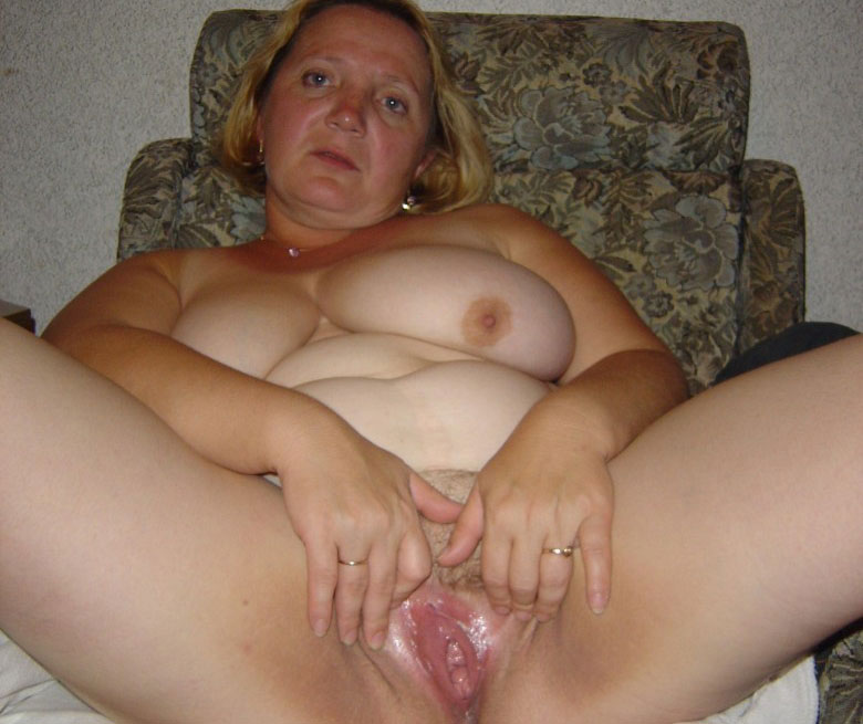 American dirty housewives nude photos. Big size picture #1