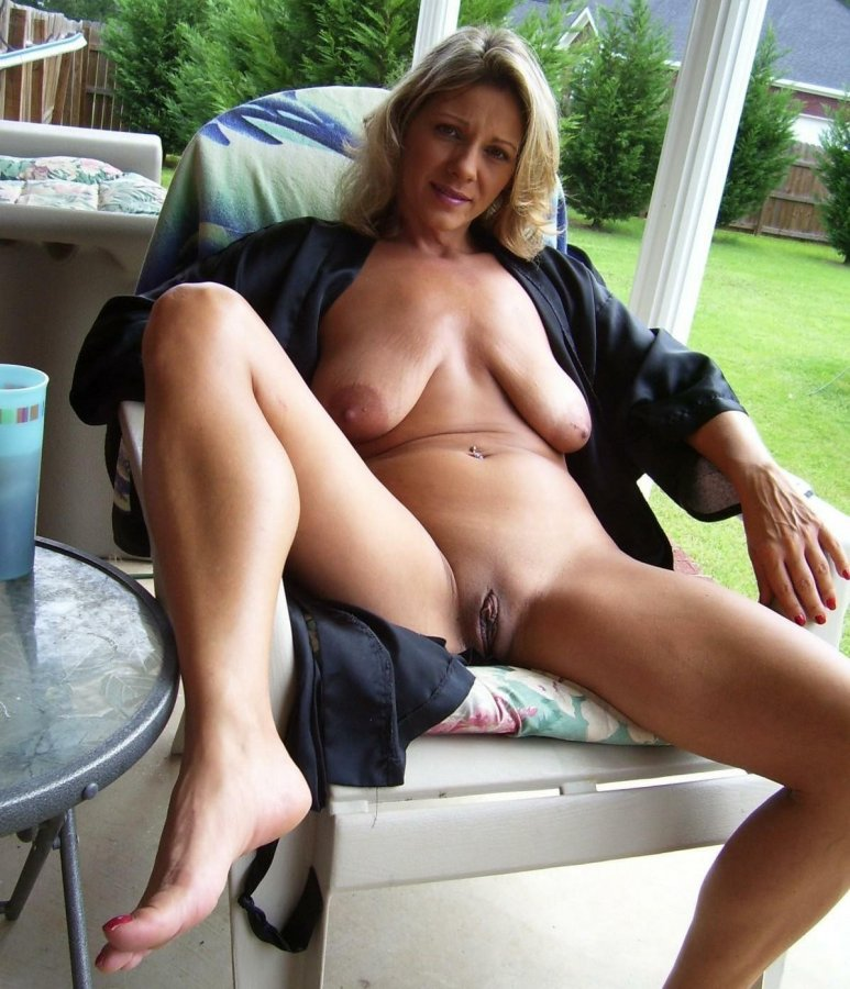 Short Description: These still sexy moms exposing naked.... Back to ...: mom-pussy.com/picture/these-still-sexy-moms-exposing-naked-bodies...